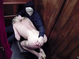 Kinky blonde whore Tamara Grace cum sprayed round a denomination