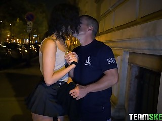 Spanish pro Anainda Hastar takes cumshots in her mouth after a steamy pounding