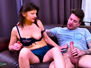 Professional porn star deals with monstrous cock in interracional hardcore