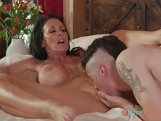 Punk stepson chow pussy of his stepmother Reagan Foxx