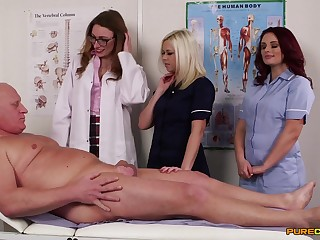 Naughty doctors Ava Austen increased by Bonnie Rose blow a come what may